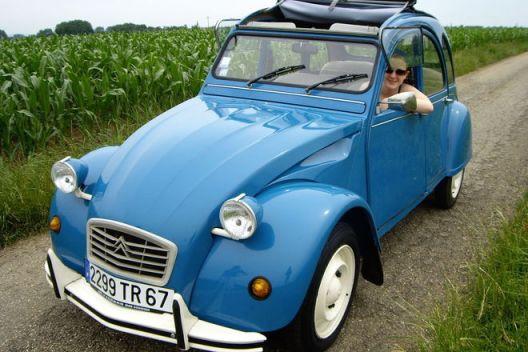 2CV bleue